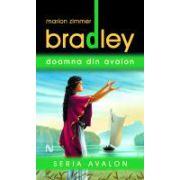 Doamna Din Avalon